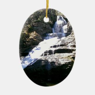 Ornamento De Cerâmica Cachoeira