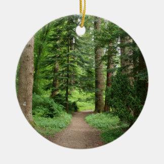 Ornamento De Cerâmica Caminhada da floresta, montanhas, Scotland