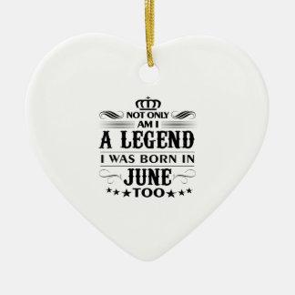 Ornamento De Cerâmica Camiseta das legendas do mês de junho