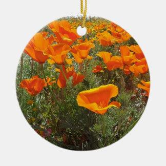 Ornamento De Cerâmica Campo alaranjado da papoila das flores
