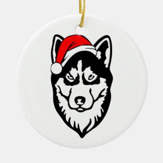 Ornamento De Cerâmica Cão de Siberian_Husky com o chapéu do papai noel