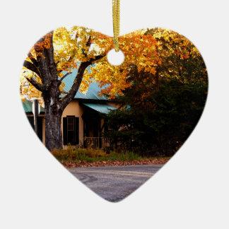 Ornamento De Cerâmica Casa do outono