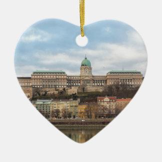 Ornamento De Cerâmica Castelo Hungria Budapest de Buda no dia