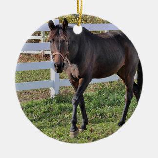 Ornamento De Cerâmica Cavalo da castanha