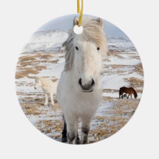 Ornamento De Cerâmica Cavalo islandês branco, Islândia