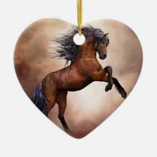 Ornamento De Cerâmica Cavalo marrom do frisão que eleva acima com nuvens