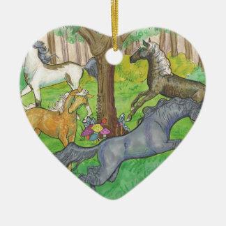 Ornamento De Cerâmica Cavalos de galope do mustang em pôneis das árvores
