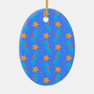 Ornamento De Cerâmica Cavalos marinhos e teste padrão azuis da estrela