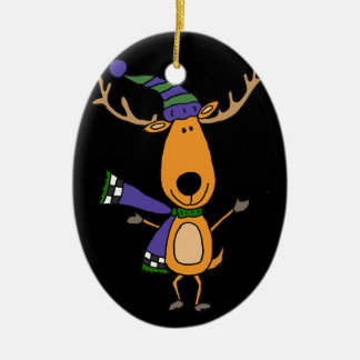 Ornamento De Cerâmica Cervos engraçados no lenço e no chapéu do inverno