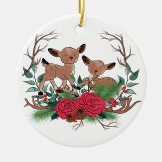 Ornamento De Cerâmica Cervos pequenos com ilustração tirada mão dos