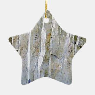 Ornamento De Cerâmica Coluna branca estreita da rocha