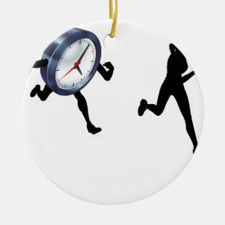Ornamento De Cerâmica Competência contra o tempo