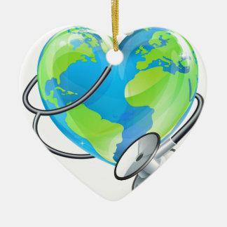 Ornamento De Cerâmica Conceito da saúde do estetoscópio do globo do