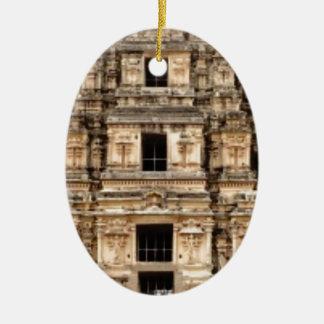 Ornamento De Cerâmica construção antiga empilhada
