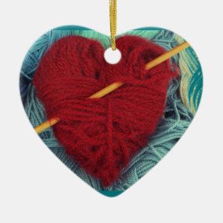 Ornamento De Cerâmica coração bonito de lãs com a fotografia da agulha