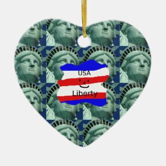 Ornamento De Cerâmica Cores da bandeira dos EUA com estátua da liberdade