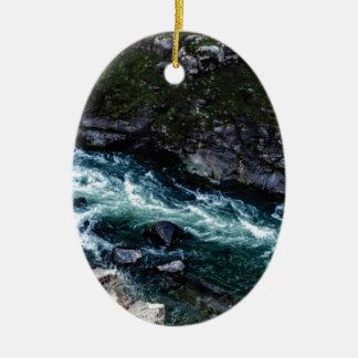 Ornamento De Cerâmica córrego de águas esmeraldas