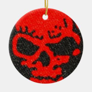 Ornamento De Cerâmica Crânios vermelhos no preto