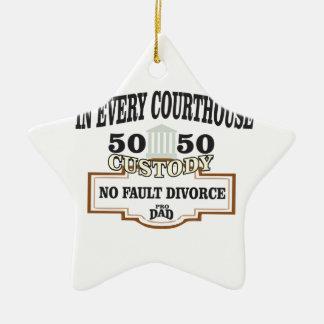 Ornamento De Cerâmica custódia 50 50 em cada tribunal