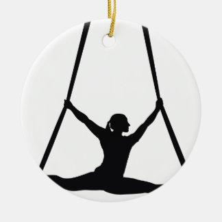 Ornamento De Cerâmica Dança