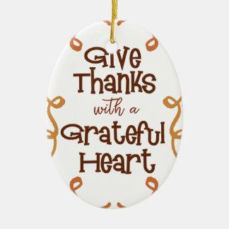 Ornamento De Cerâmica Dê obrigados com um coração grato