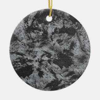 Ornamento De Cerâmica De tinta preta no fundo cinzento
