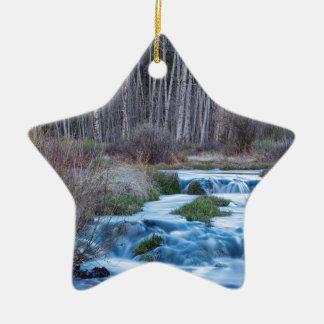 Ornamento De Cerâmica Derretimento do primavera fora do fluxo para baixo