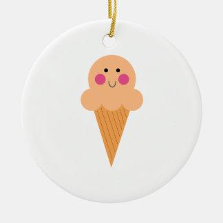Ornamento De Cerâmica Design do sorvete no branco
