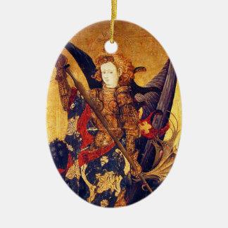 Ornamento De Cerâmica Diabo vencendo de St Michael como o cavaleiro