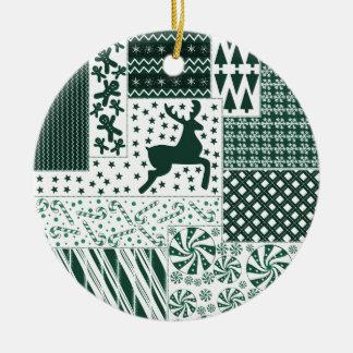Ornamento De Cerâmica Edredão do verde do Natal
