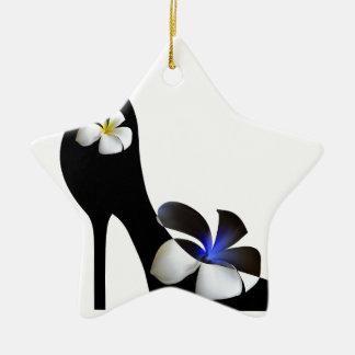 Ornamento De Cerâmica Elegante preto alto-colocou saltos calçados.