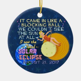 Ornamento De Cerâmica Engraçado americano eclipse solar do 21 de agosto