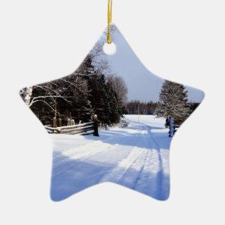 Ornamento De Cerâmica Entrementes em Canadá, inverno!