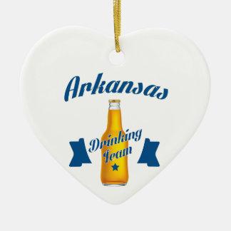 Ornamento De Cerâmica Equipe do bebendo de Arkansas