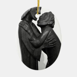 Ornamento De Cerâmica Escultura velha do casal