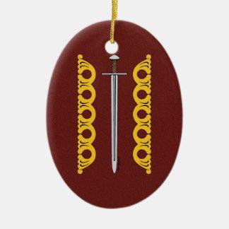 Ornamento De Cerâmica Espada normanda e bandas decorativas