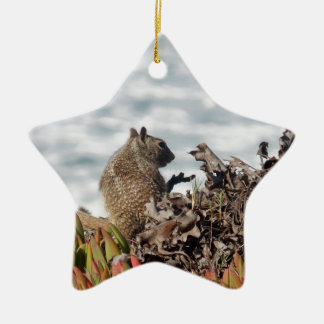 Ornamento De Cerâmica Esquilo pequeno