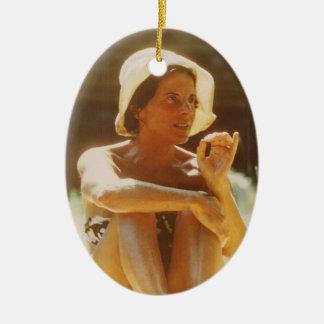 Ornamento De Cerâmica Eva faz um ponto