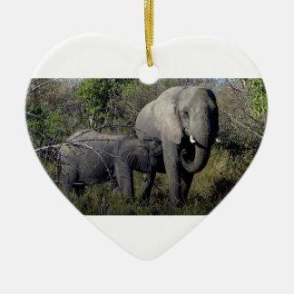 Ornamento De Cerâmica Família do elefante africano
