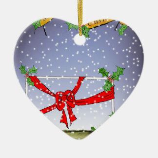 Ornamento De Cerâmica fan de futebol do Natal feliz