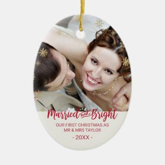 Ornamento De Cerâmica Feriado casado e brilhante do floco de neve do