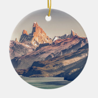 Ornamento De Cerâmica Fitz Roy e Patagonia das montanhas de Poincenot