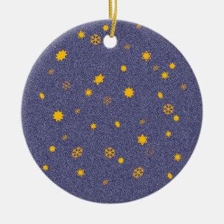"""Ornamento De Cerâmica """"Flamejante"""" dos céus/'estrelas com Snowfall"""
