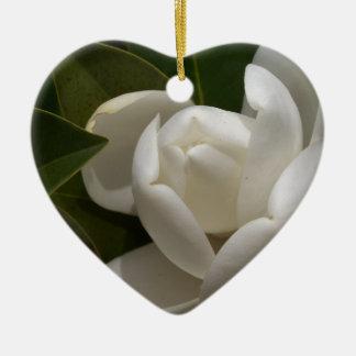 Ornamento De Cerâmica flor em botão branca de magnólia do sul