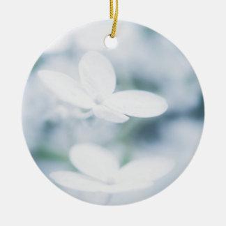 Ornamento De Cerâmica Flores brancas bonitas do hydrangea