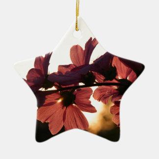 Ornamento De Cerâmica Flores no por do sol