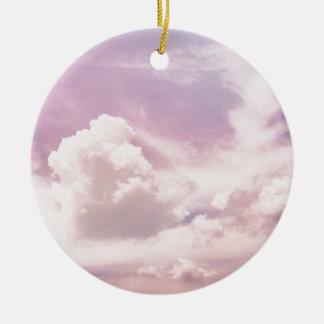 Ornamento De Cerâmica Flutuação em nuvens roxas macias