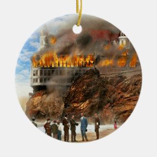 Ornamento De Cerâmica Fogo - fogo 1907 de Cliffside