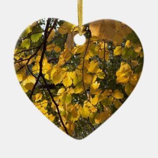 Ornamento De Cerâmica Folhas de outono amarelas e verdes