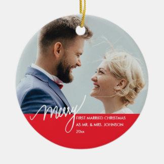 Ornamento De Cerâmica Foto casada do Natal da feliz   primeira